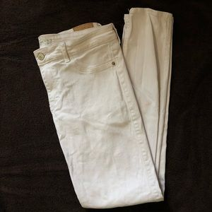 White Abercrombie and Fitch Jeans